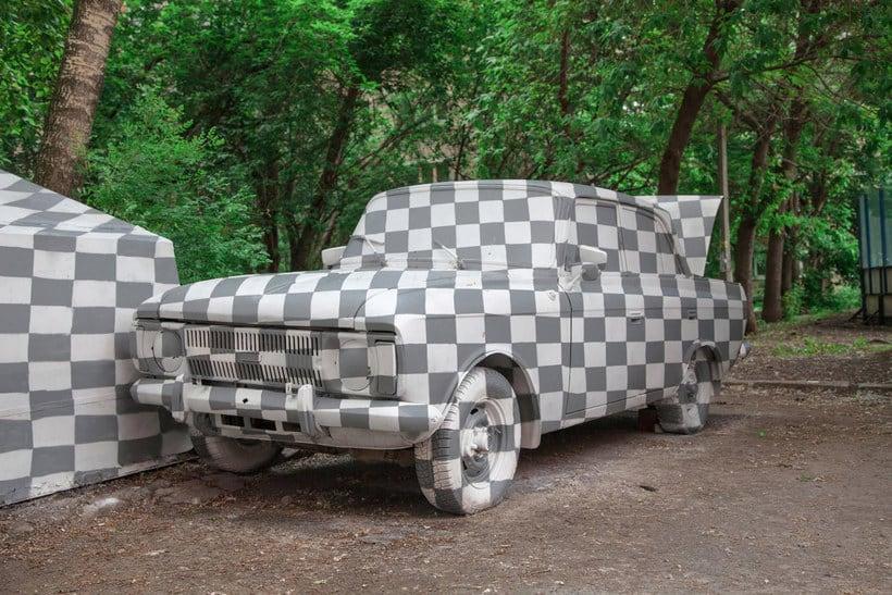 CTRL+X o cómo hacer objetos invisibles con arte urbano 11