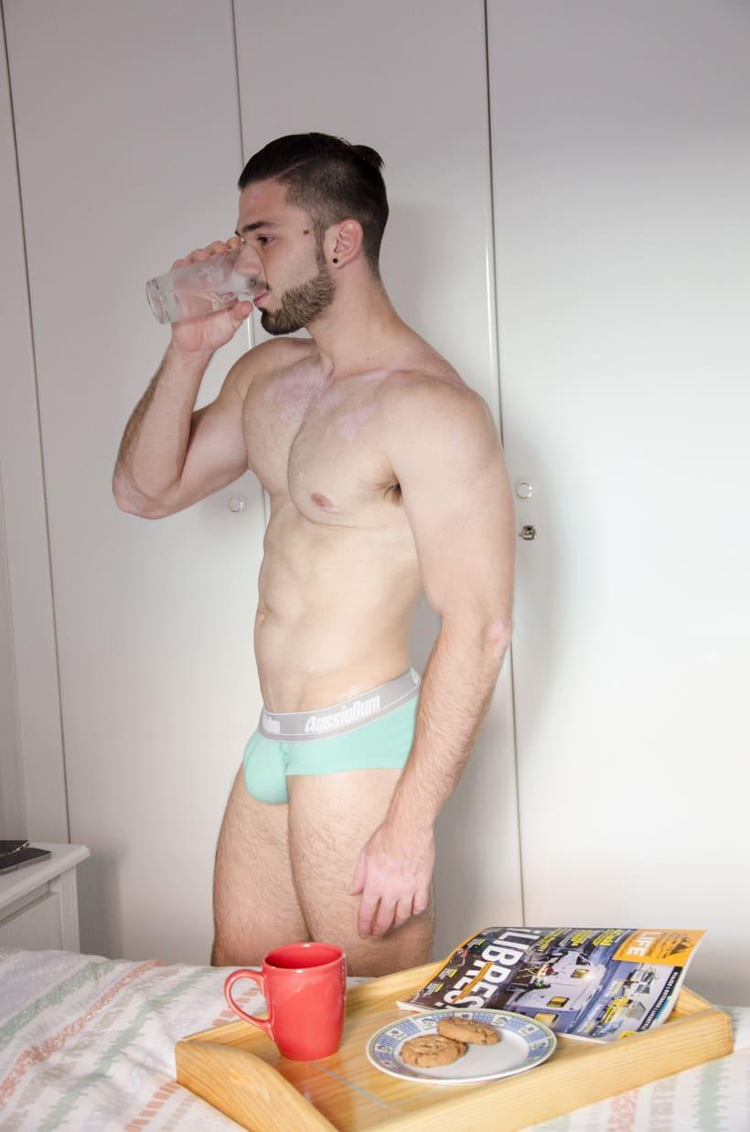 Al desnudo 4