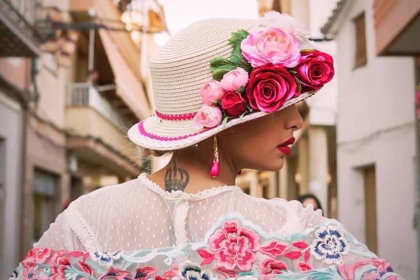 Colección APRIL. Complementos artesanales para mujer Flamenca. 4