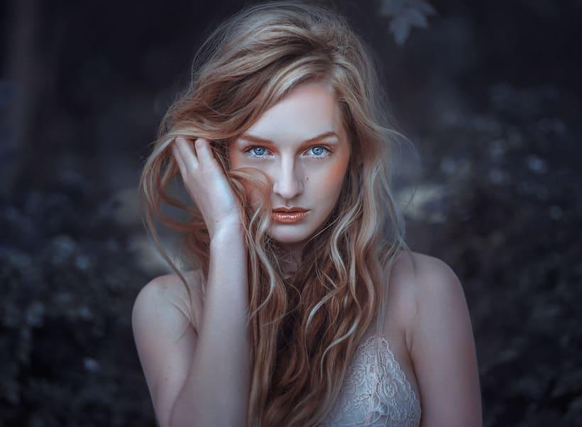Emma -1