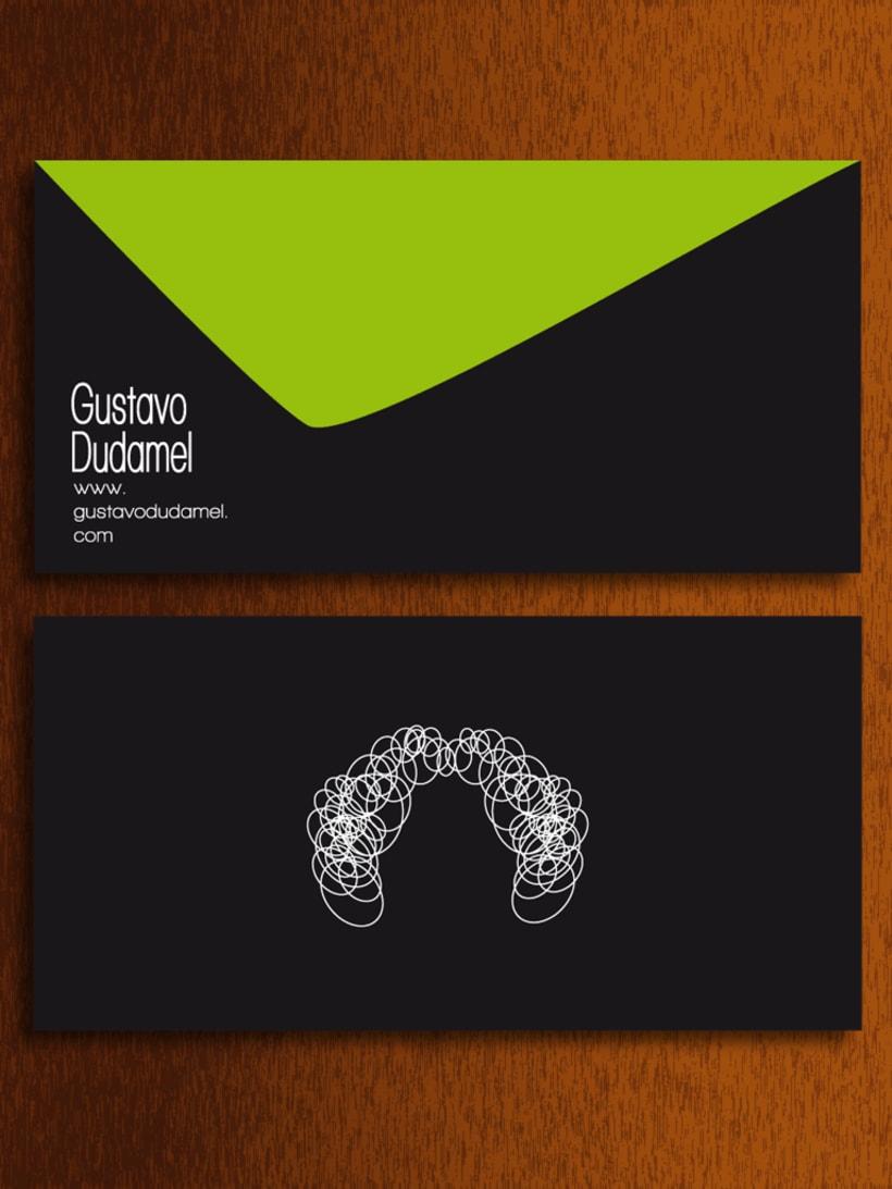 Papelería - Gustavo Dudamel (director de orquestas sinfónicas) -  propuesta 1