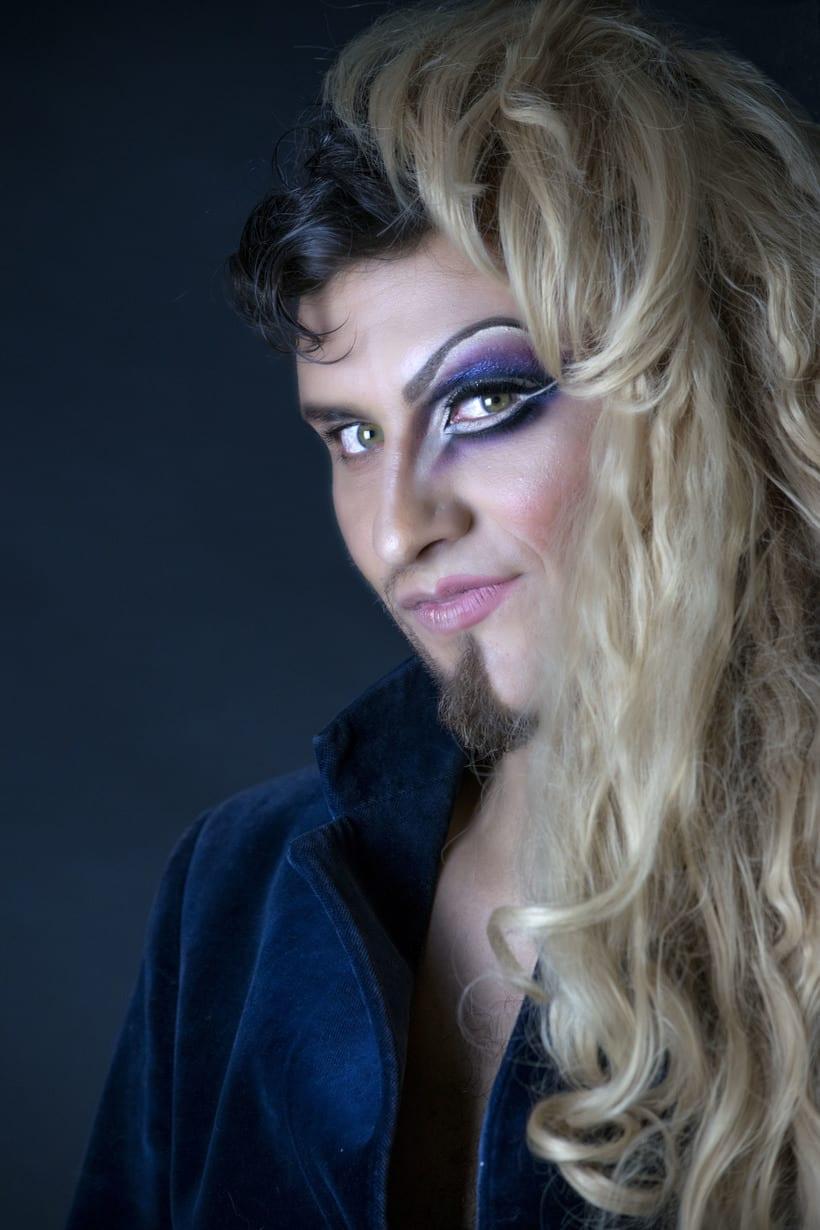 Mi Proyecto del curso: Fotografía de moda y retoque digital, Makeup. Fotografía: Martín Serafín; Modelo: Uriel Ochoa; MakeUp: Azucena Galicia; Arte: Azucena Galicia, Martín Serafìn -1