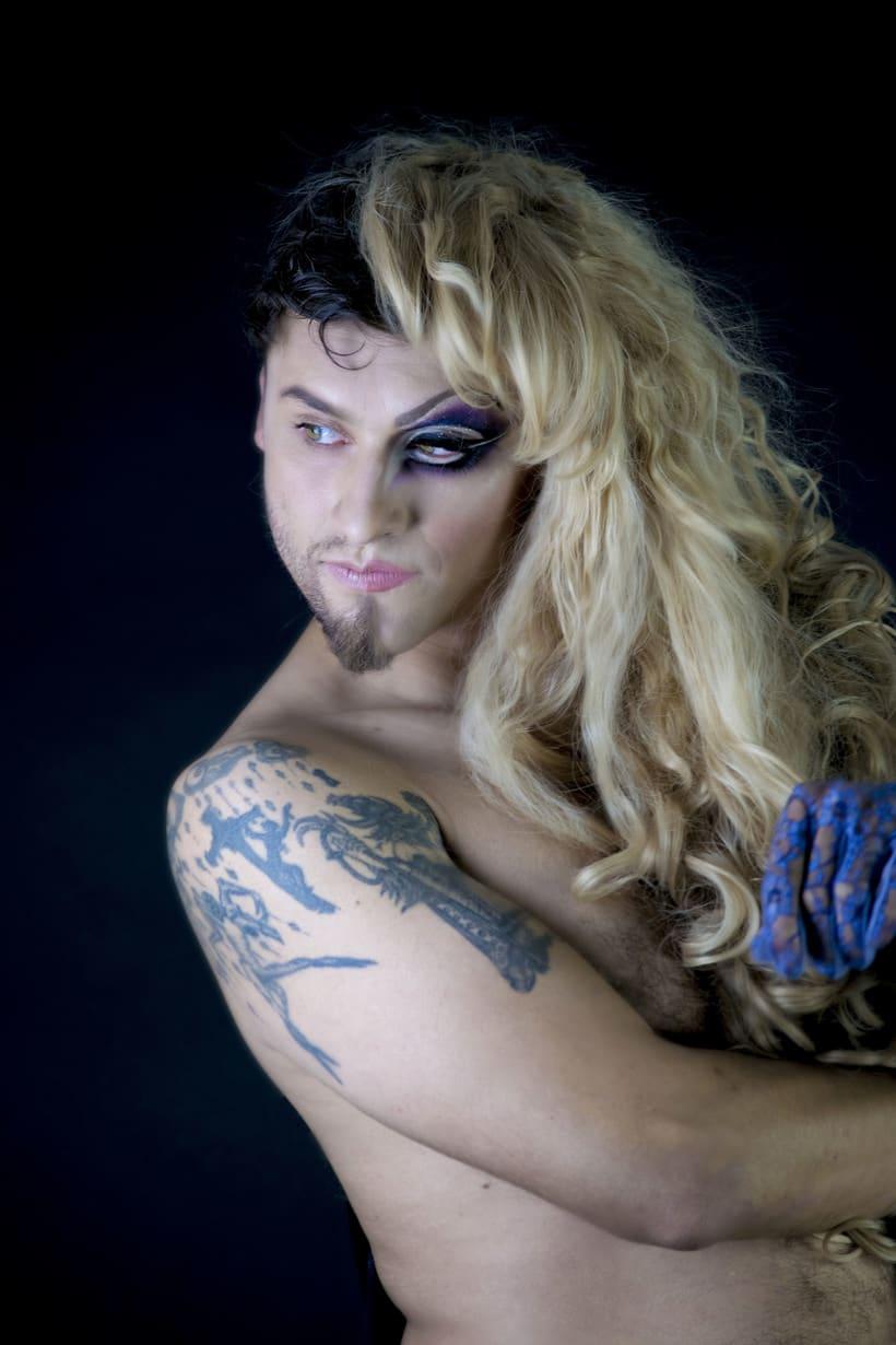 Mi Proyecto del curso: Fotografía de moda y retoque digital, Makeup. Fotografía: Martín Serafín; Modelo: Uriel Ochoa; MakeUp: Azucena Galicia; Arte: Azucena Galicia, Martín Serafìn 2