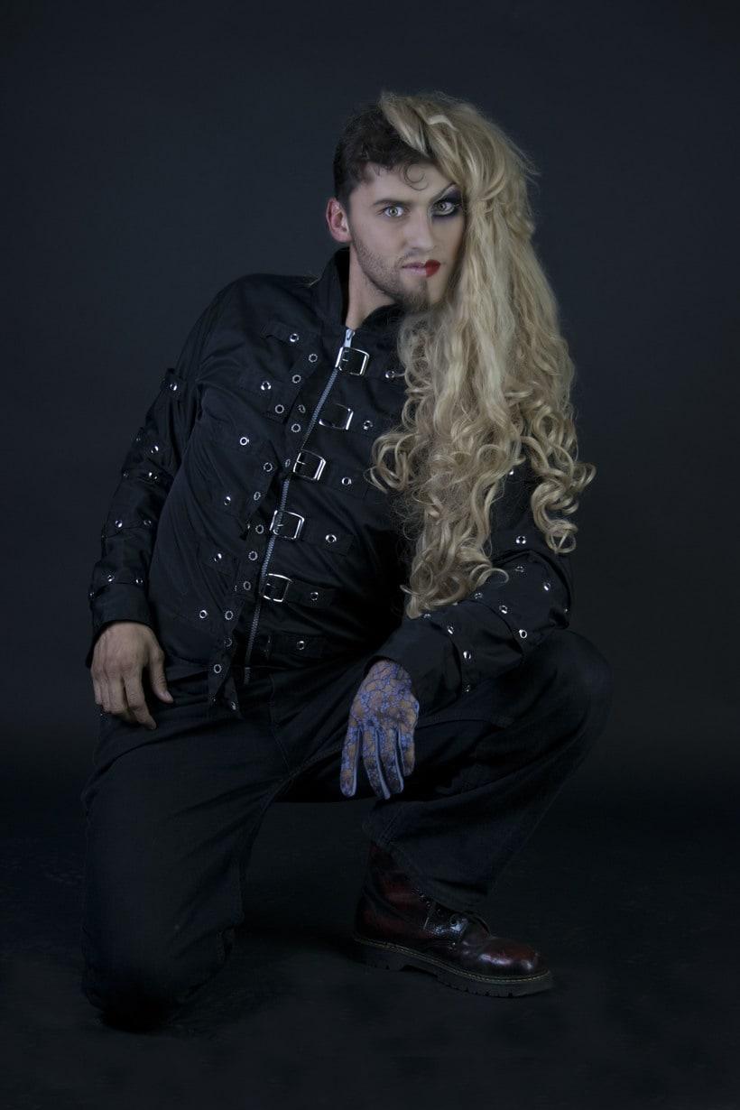 Mi Proyecto del curso: Fotografía de moda y retoque digital, Makeup. Fotografía: Martín Serafín; Modelo: Uriel Ochoa; MakeUp: Azucena Galicia; Arte: Azucena Galicia, Martín Serafìn 4