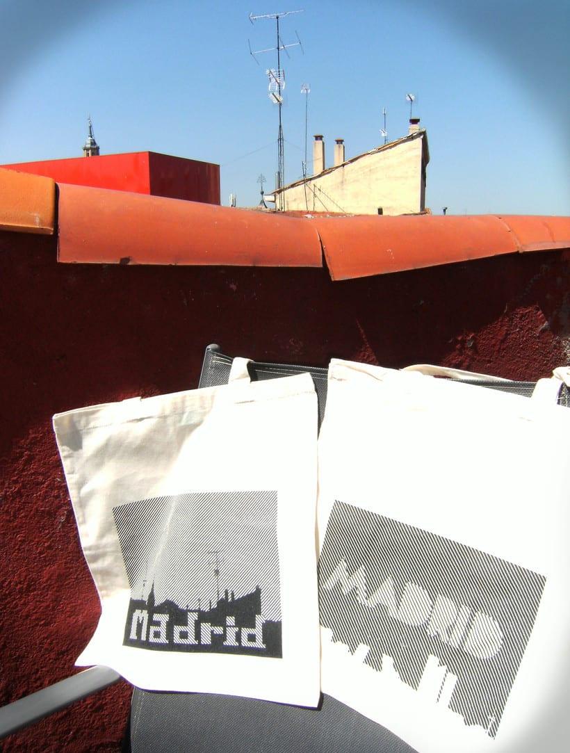 Clint. proyecto de edición de souvenirs. Madrid 2013/2014 3