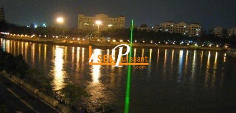 Sparkle delivre avec succes laser illuminateur 0