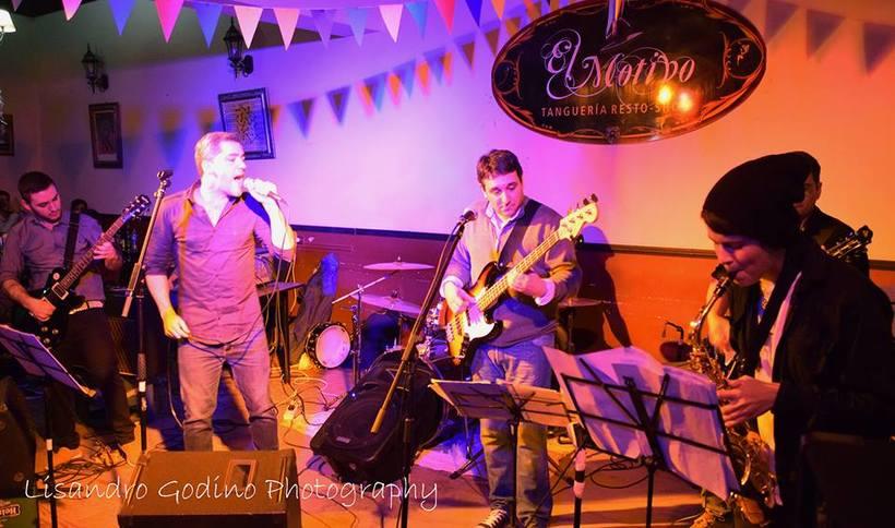 La Tropa Blue´s Band 8