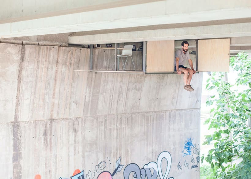 Un estudio-refugio debajo de un puente en Valencia 7