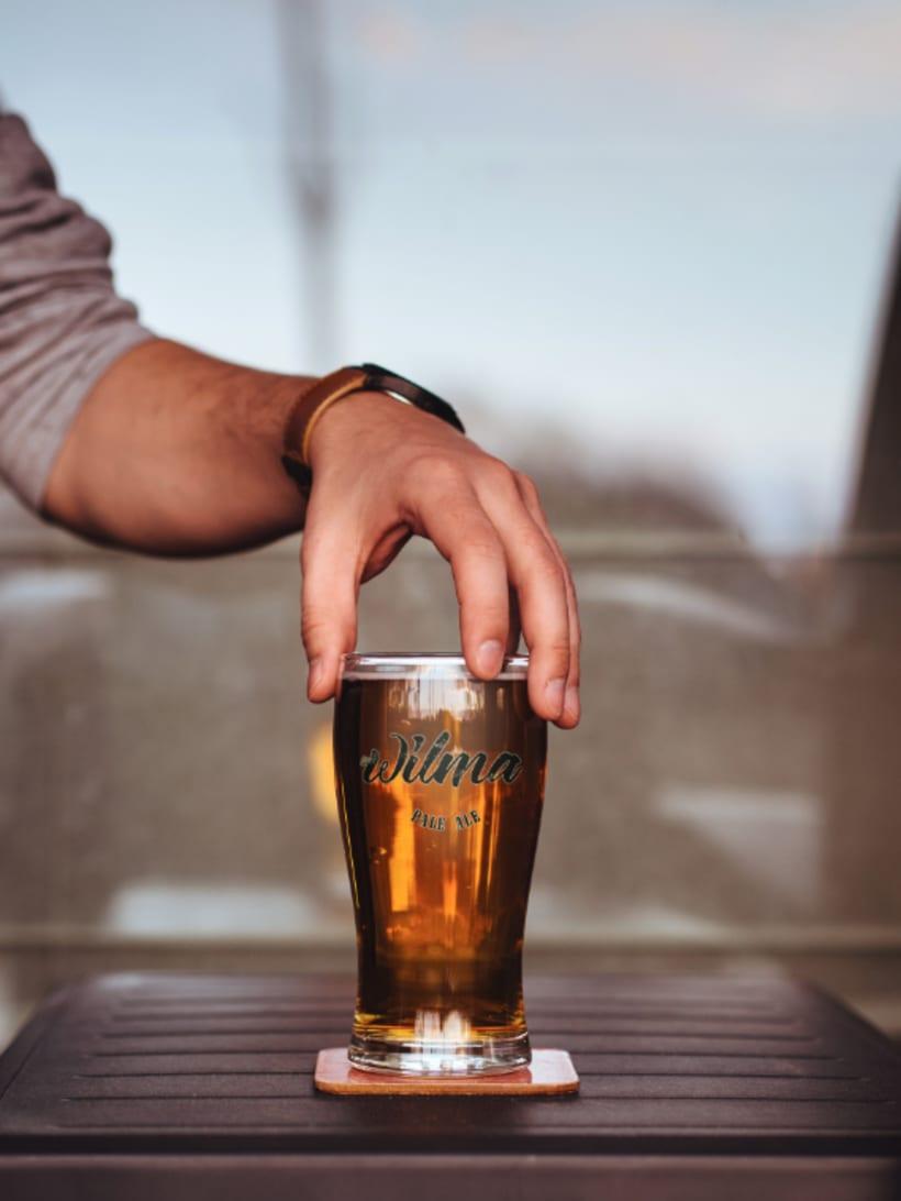 Cerveza Wilma. Diseño de etiqueta. 2º Premio Granada Beer Festival 4