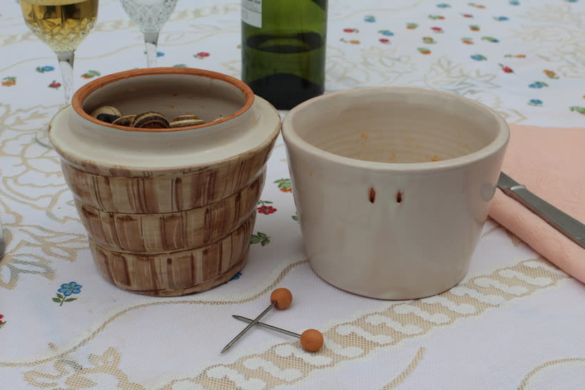 CARAGOL | Bol para comer caracoles. 2