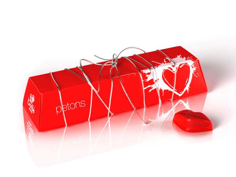 Diseño packaging bombones de labios - Petons by Escribà 0