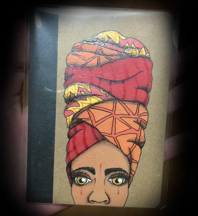 Turbante con arte (libretas de carton reciclado y pintadas a mano) 3