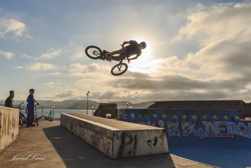 23/05/2017 BMX en el skatepark de Cimadevilla, Gijón - Asturias -1