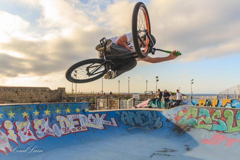 23/05/2017 BMX en el skatepark de Cimadevilla, Gijón - Asturias 9