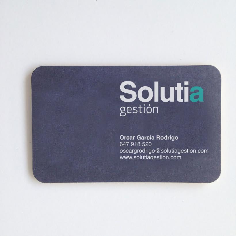 Identidad corporativa para; SOLUTIA gestión. 2