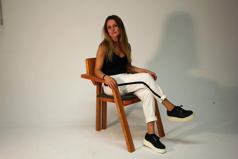 Diseño de mobiliario. Diseño de una silla confidente  7