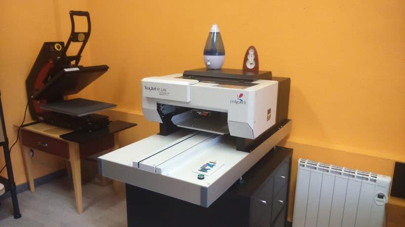 Impresora textil para diseño de camisetas 1