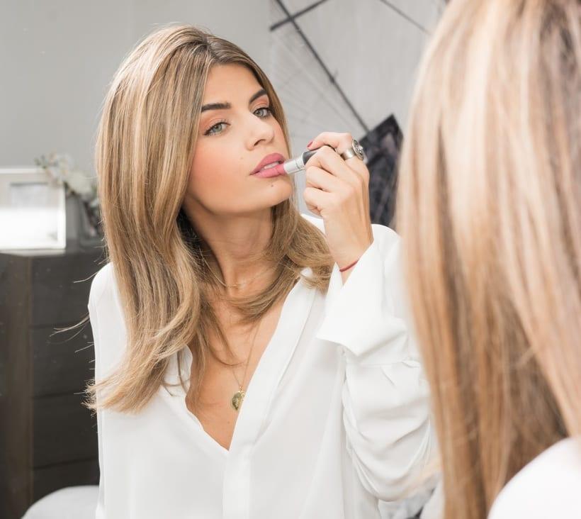 makeup -1