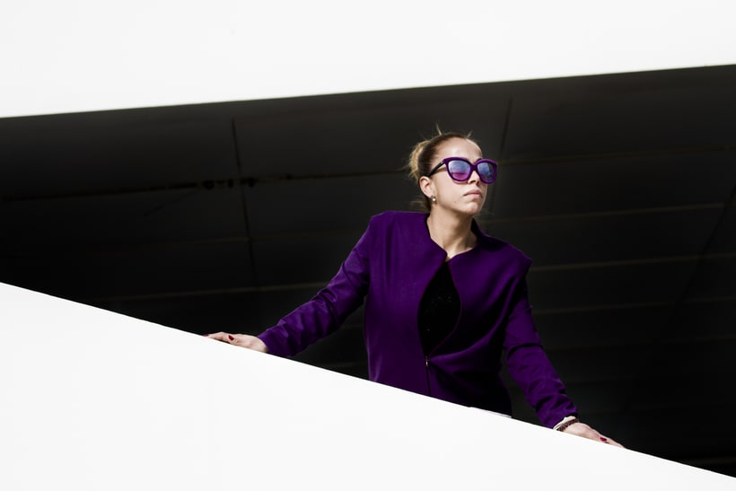 VISIONA  colección de autor, inspirada en el Pop Art de los interiores de Verner Panton, utilizando  los colores vivos y formas geométricas puras con las cuales creaba sus interiores. 2