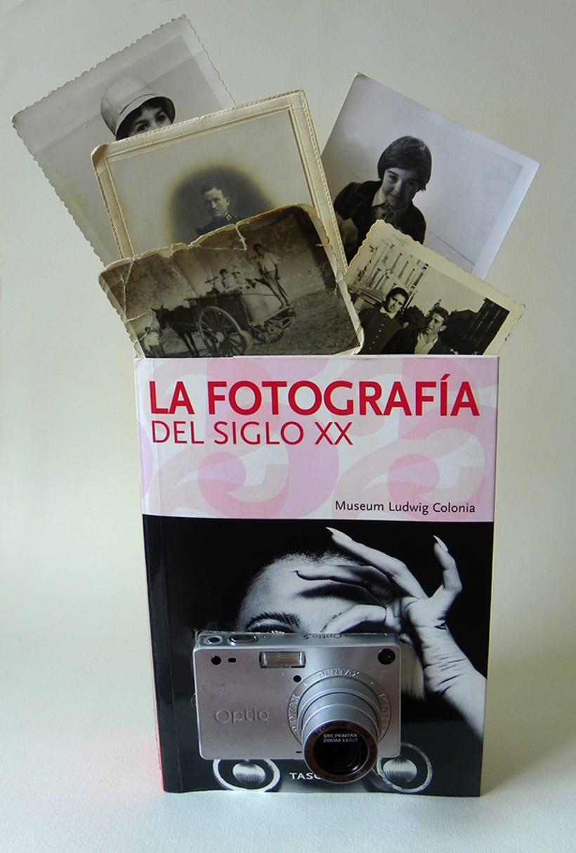 Fotografía del siglo XX (2015. Libro de artista, libro intervenido) 0
