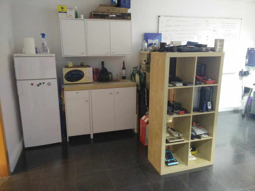 Alquilo 2 mesas de trabajo en despacho diáfano 7