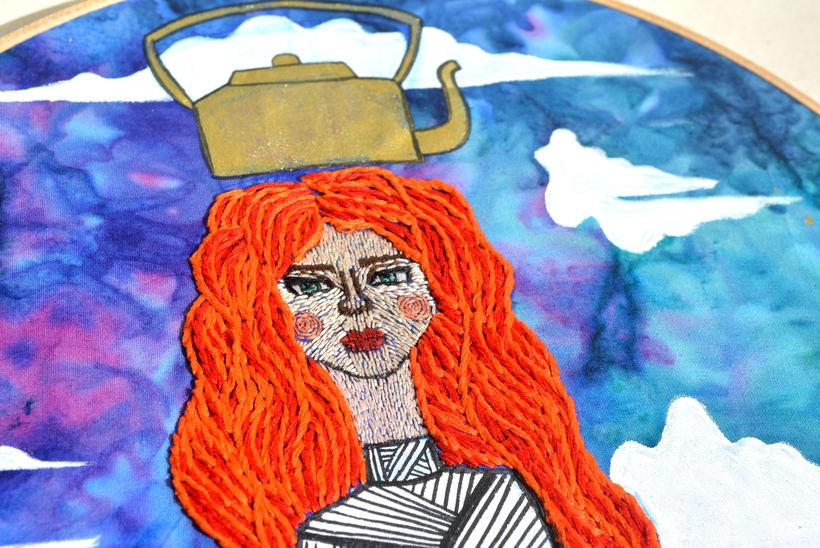 Ilustración bordada sobre la mujer en el mundo 4
