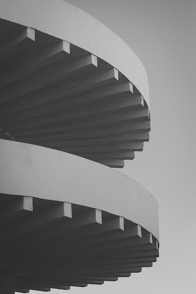Mi Proyecto del curso: Fotografía arquitectónica y urbana | Industrial Encounters | 0