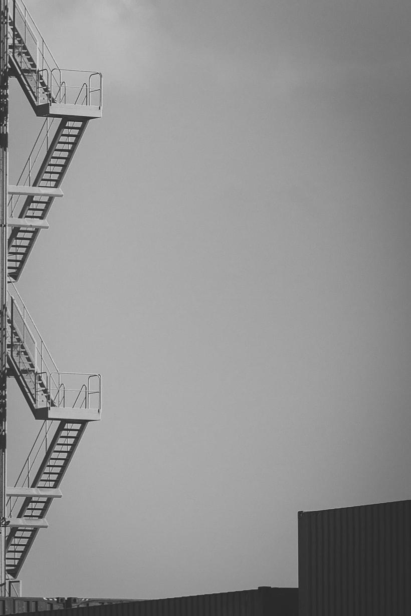 Mi Proyecto del curso: Fotografía arquitectónica y urbana | Industrial Encounters | 4