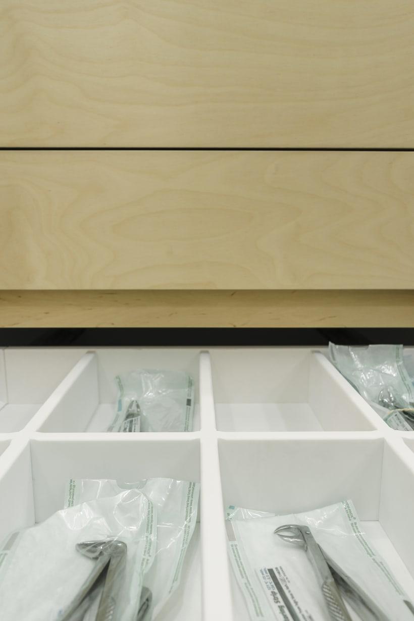 CENTRO DENTAL. Diseño de interior.Diseño de mobiliario a medida. 14