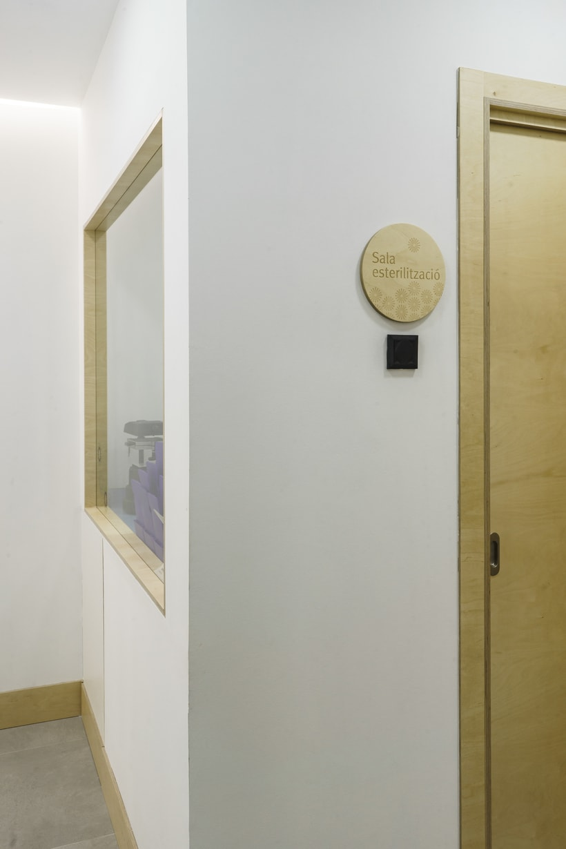 CENTRO DENTAL. Diseño de interior.Diseño de mobiliario a medida. 18