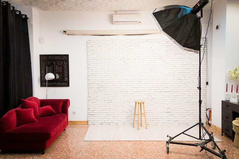 Buscamos Compartir nuestro Estudio de Fotografía en Madrid (Móstoles) 1
