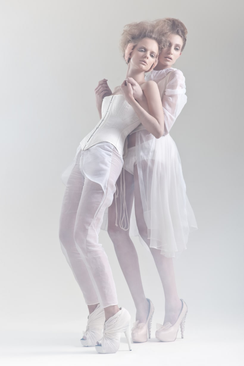 Blanc. A fashion and Art piece inspired by the Blanc Ballet. 3