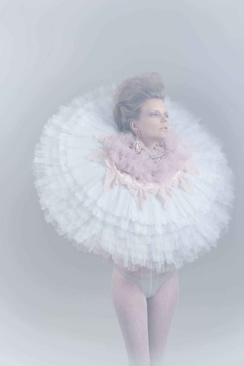 Blanc. A fashion and Art piece inspired by the Blanc Ballet. 13