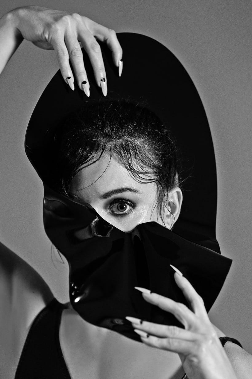 Les Monstres Danseurs. Photography, Art and Fashion. 2