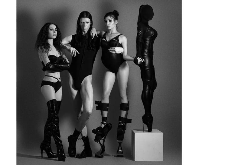 Les Monstres Danseurs. Photography, Art and Fashion. 11