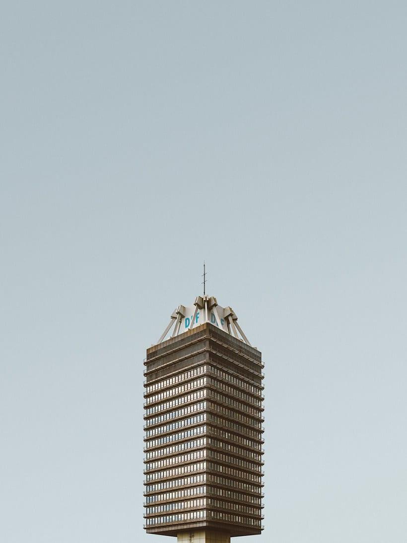 Hipnótica y minimalista belleza arquitectónica 8