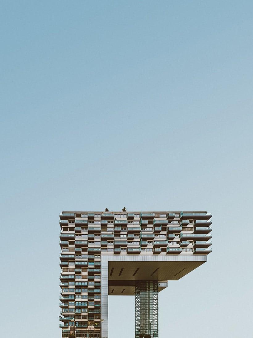 Hipnótica y minimalista belleza arquitectónica 12