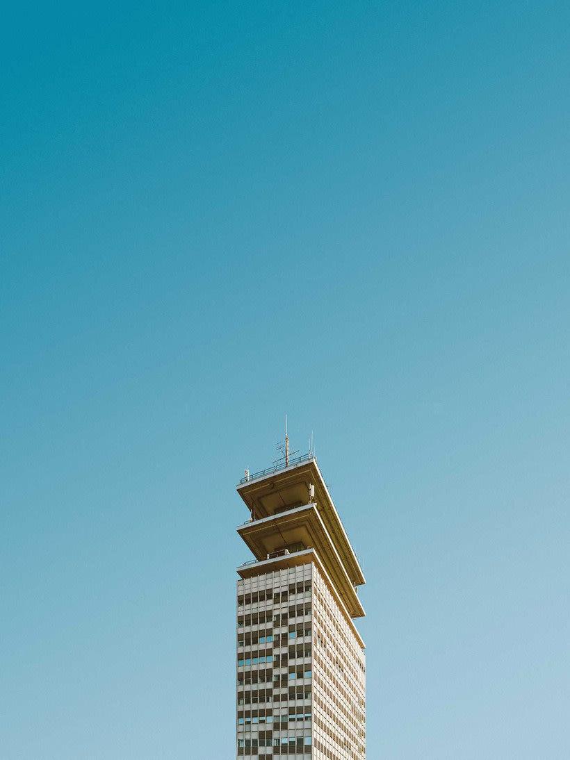 Hipnótica y minimalista belleza arquitectónica 21