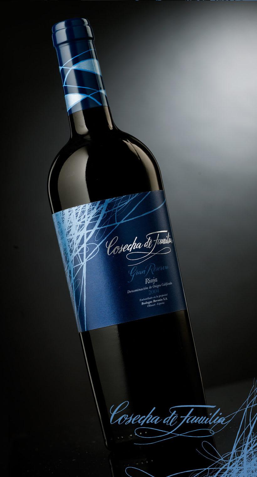 Etiqueta de vino Cosecha de Familia 3