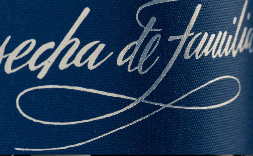 Etiqueta de vino Cosecha de Familia 4