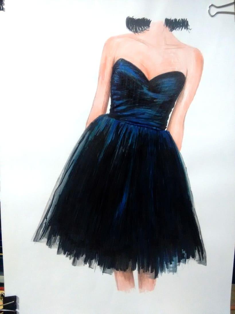 Figurín de moda 0