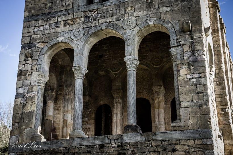 Santa Maria del Naranco, monumento prerromanico de Oviedo - Asturias 0