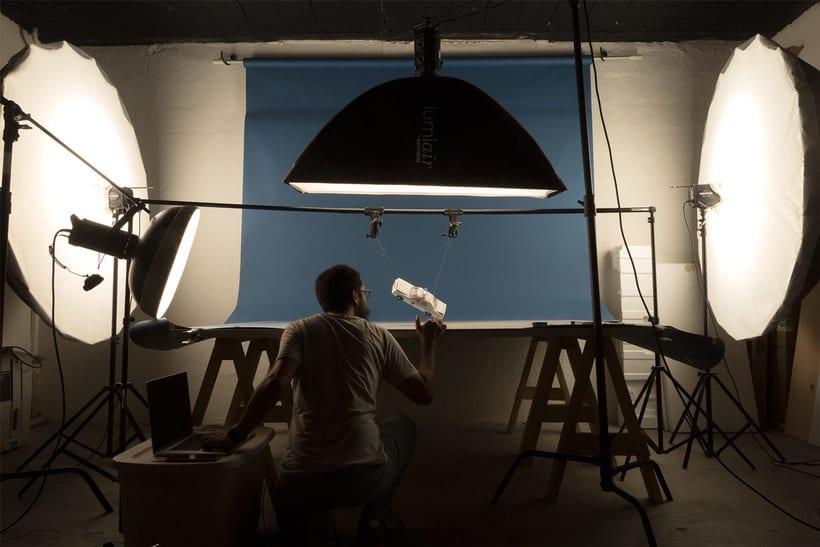 Félix Hernández y la magia de la fotografía con modelos a escala 9