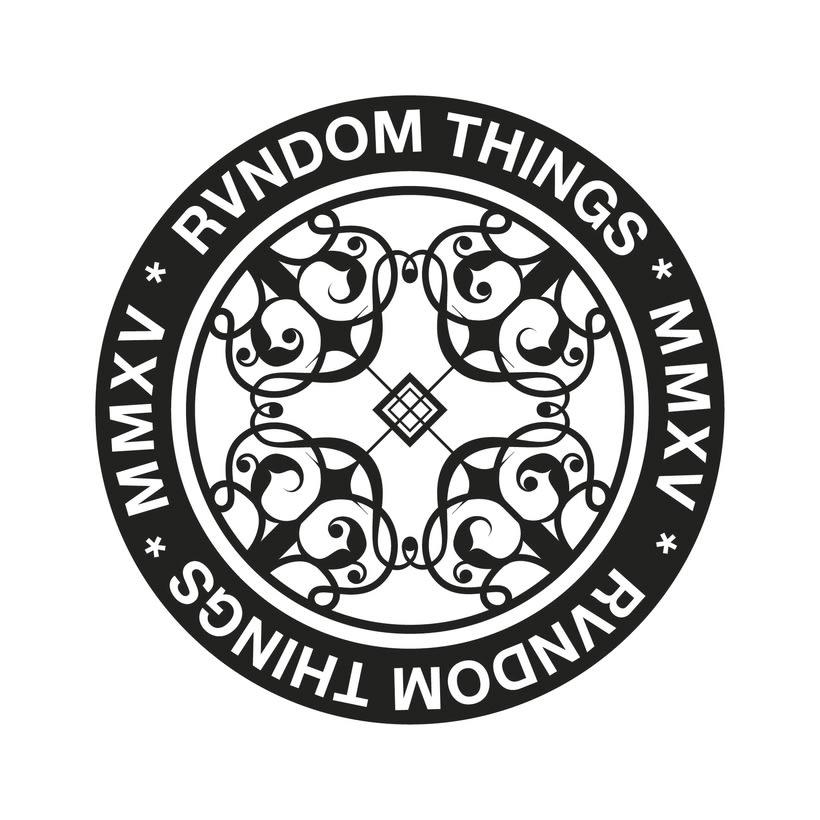 Escudo Rvndom things -1