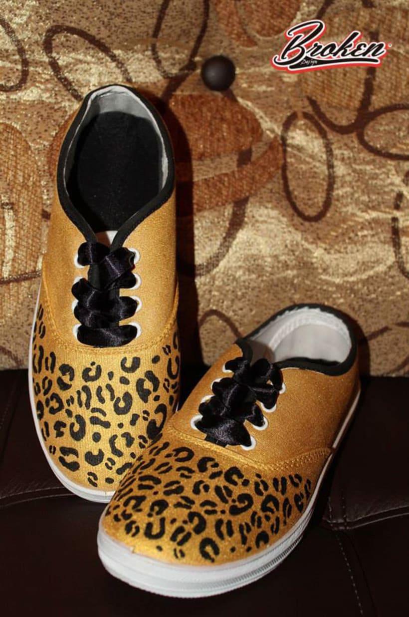 Broken Design Fashion Brand by Paola Reyes 2