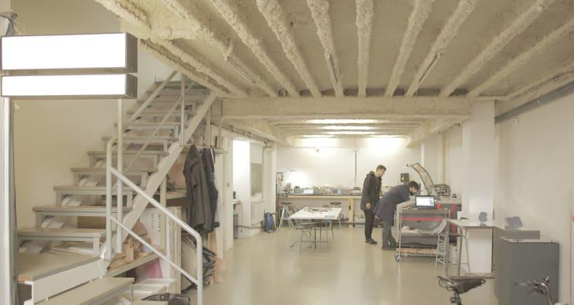 Buscamos interesados en fabricación digital para compartir local (taller + oficinas). Barcelona.  1