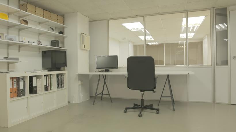 Buscamos interesados en fabricación digital para compartir local (taller + oficinas). Barcelona.  3