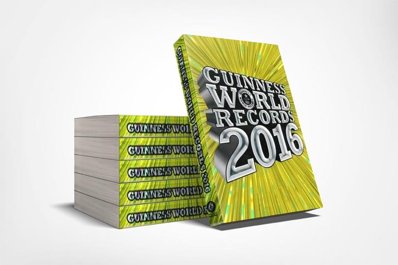 GUINNESS WORLD RECORDS. Maquetación editorial de la publicación en español. -1