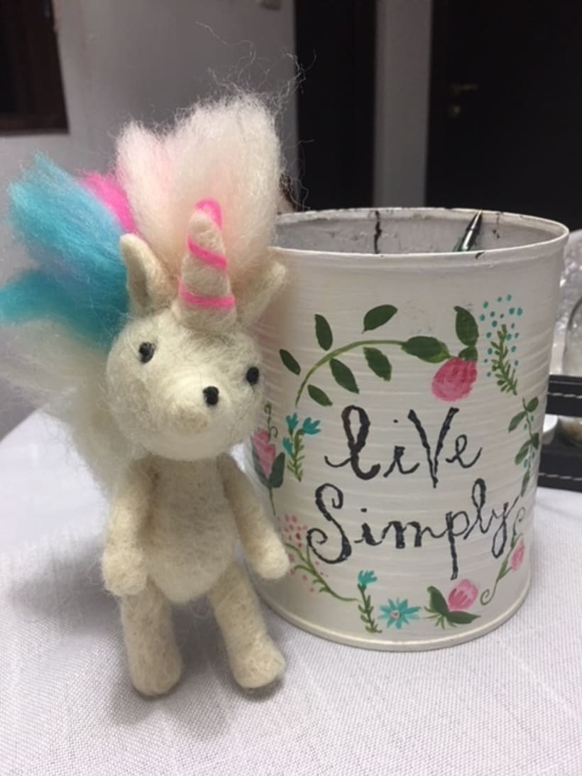 NEEDLE FELTING - UNICORNIO - CAROLINA ALLES ees 1