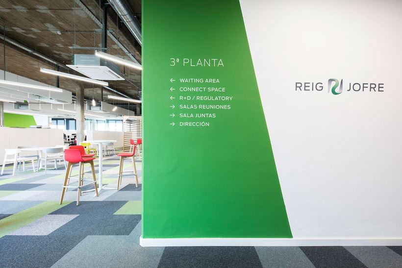 Fotografía de Interiores: Oficinas Reig Jofre 6